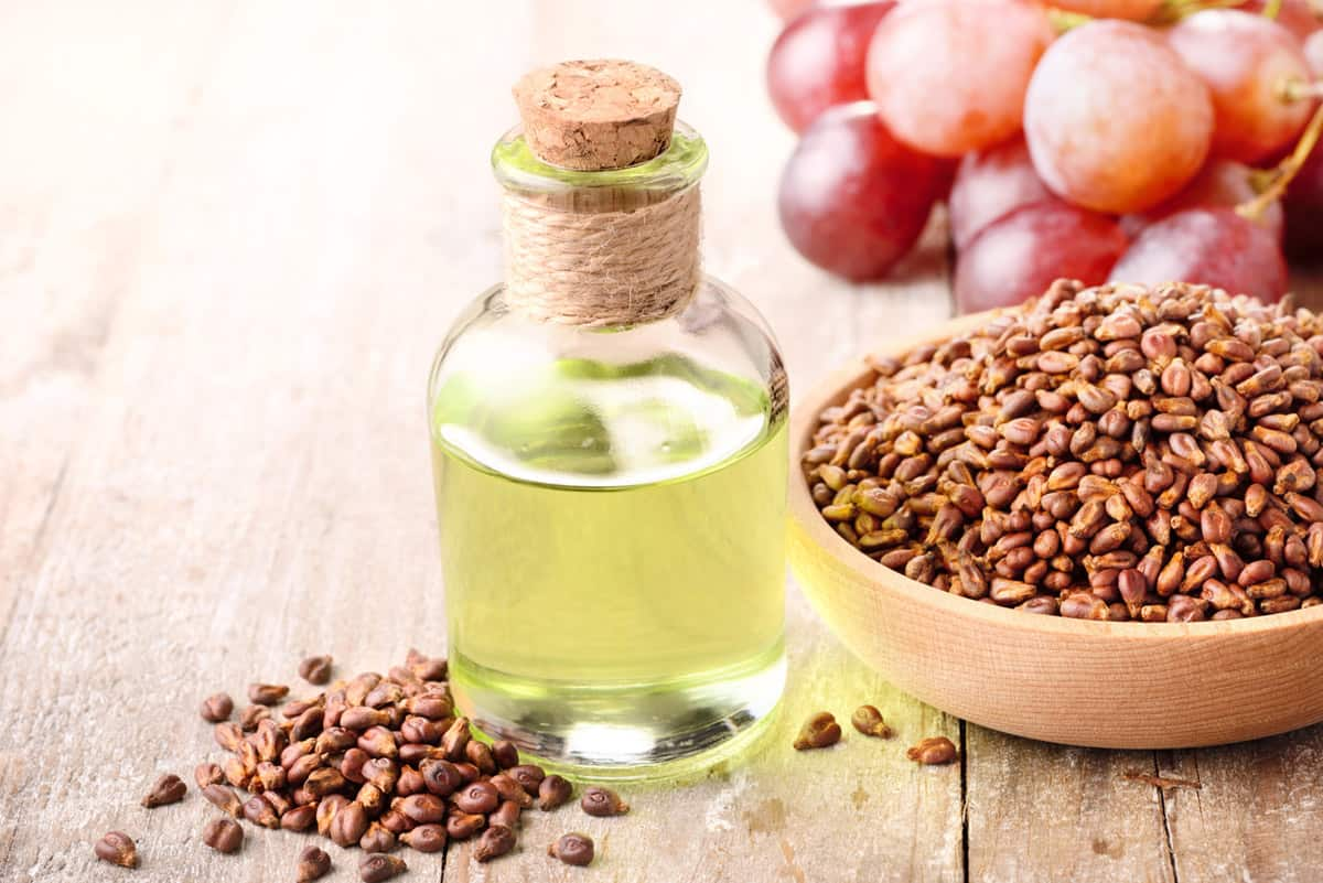 5 Amazing Hemp Seed Oil Benefits For Skin | Wiltshire Iscb